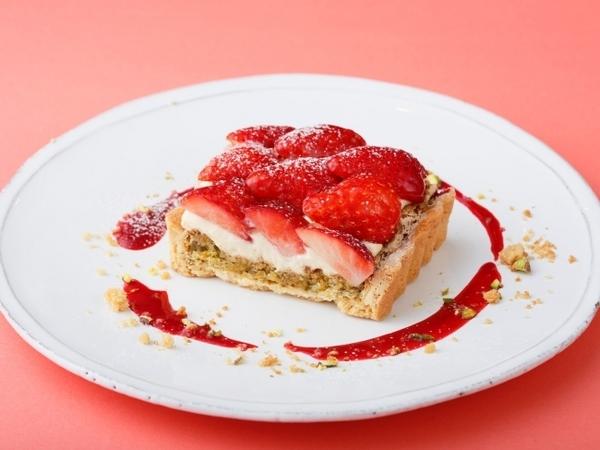 まだまだ続く苺づくし♡ビブリオテークの苺フェア「ザ・ストロベリー」第2弾に3種のデザートが仲間入り♩