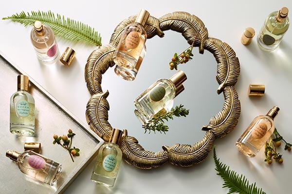 持ち運びにも便利な小さめサイズ!TOCCAのヘアフレグランスミストでお気に入りの香りをまとって♡