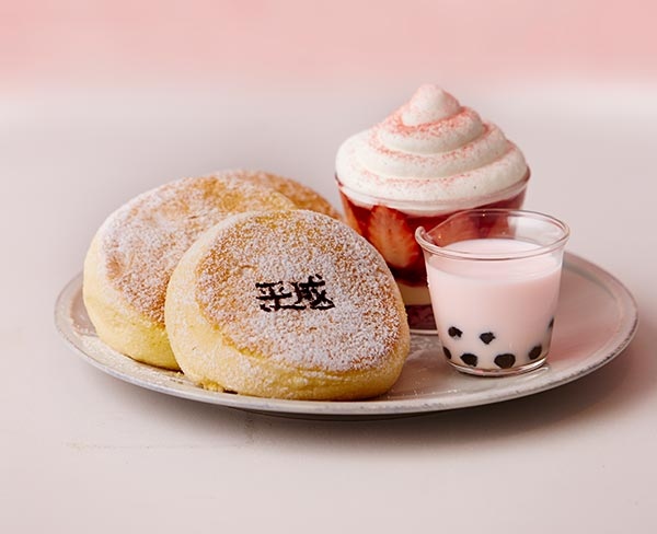 平成で話題のスイーツが一皿に♡タピオカとティラミスも楽しめるフリッパーズの「平成最後の奇跡のパンケーキ」