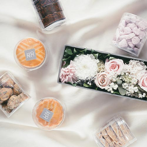 今年はママにプリザーブドフラワー&焼き菓子を贈ろう♡南青山のアン グランで母の日ギフトの予約受付が開始
