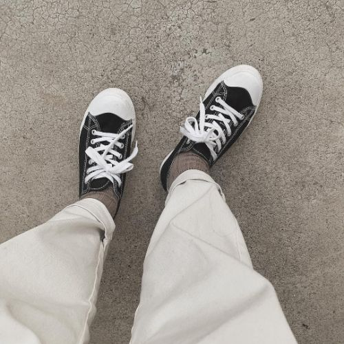 522fa78b1bf3bf 結局、どんな靴下を履くのが正解なの?思わず見とれちゃうワンランク上の ...