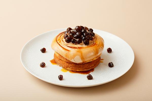タピオカミルクティーのパンケーキも新登場!ビブリオテーク全店で開催されるパンケーキ祭りが楽しみすぎる♡