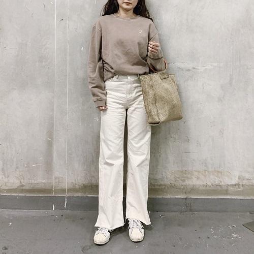"""""""スウェット=部屋着""""の概念はもう古い!「juemi」のスウェットは1枚でカッコよく見える優れものなんです"""