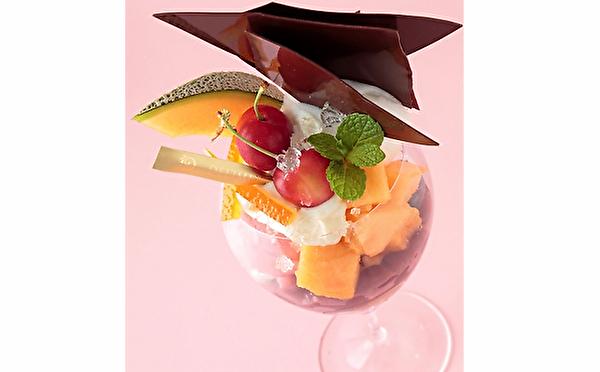パティスリー&カフェ デリーモ日比谷店限定パフェに令和初の新作が登場♡神戸&京都でも季節のパフェがスタート♩