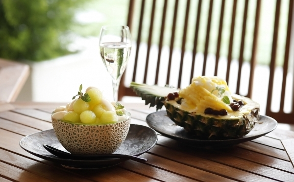 今夏はメロン&パイナップルがお目見え♩ホテル雅叙園東京の「リッチシェイブアイス」は贅沢な大人仕立てのかき氷♡