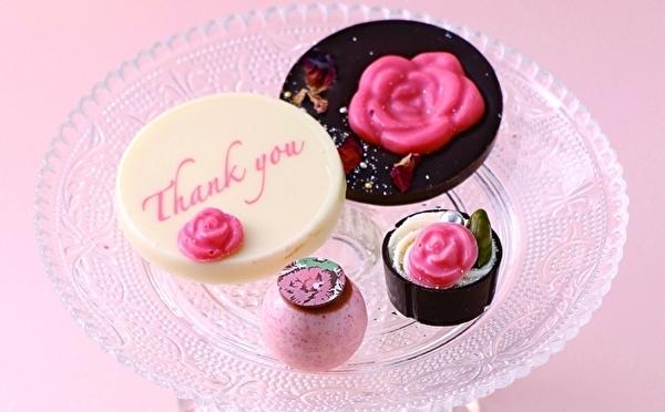3日間限定のお花畑ケーキも登場♩ベルアメールの母の日コレクションは華やかなバラがモチーフ♡