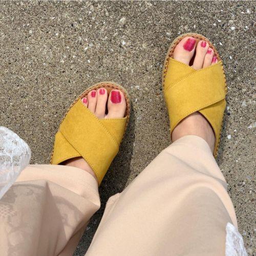 夏の足元はGUにおまかせ◎じりじりと近づく夏本番に向けて…GUの人気サンダルを一気にまとめちゃいました♡