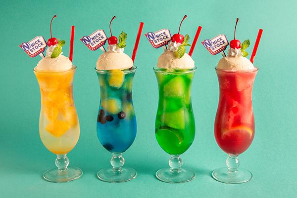 """レトロかわいいクリームソーダが肉カフェ""""ニックストック""""に登場!オリジナル黒糖タピオカドリンクもお目見えします♡"""