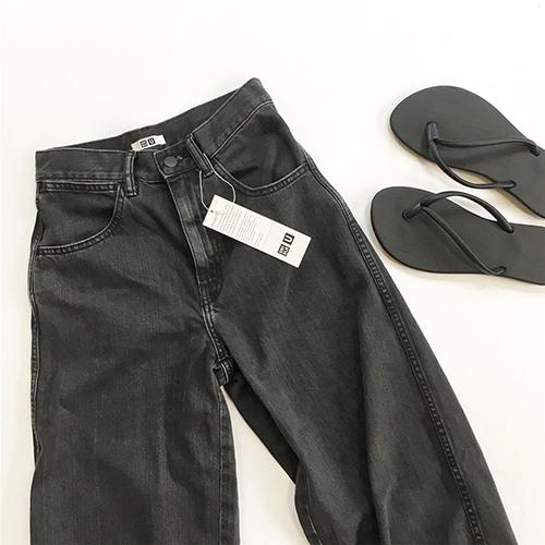 ユニクロの「ワイドフィットカーブジーンズ」はシルエットが魅力なんです♡IGで見つけたおしゃれコーデ集