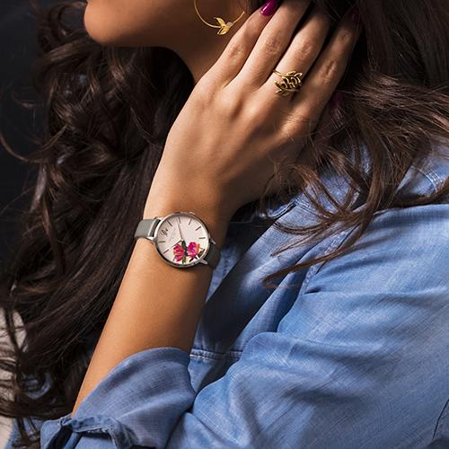 腕時計で毎日のファッションを格上げしよ♡上品だけど存在感もだせる「サラミラーロンドン」が日本初上陸