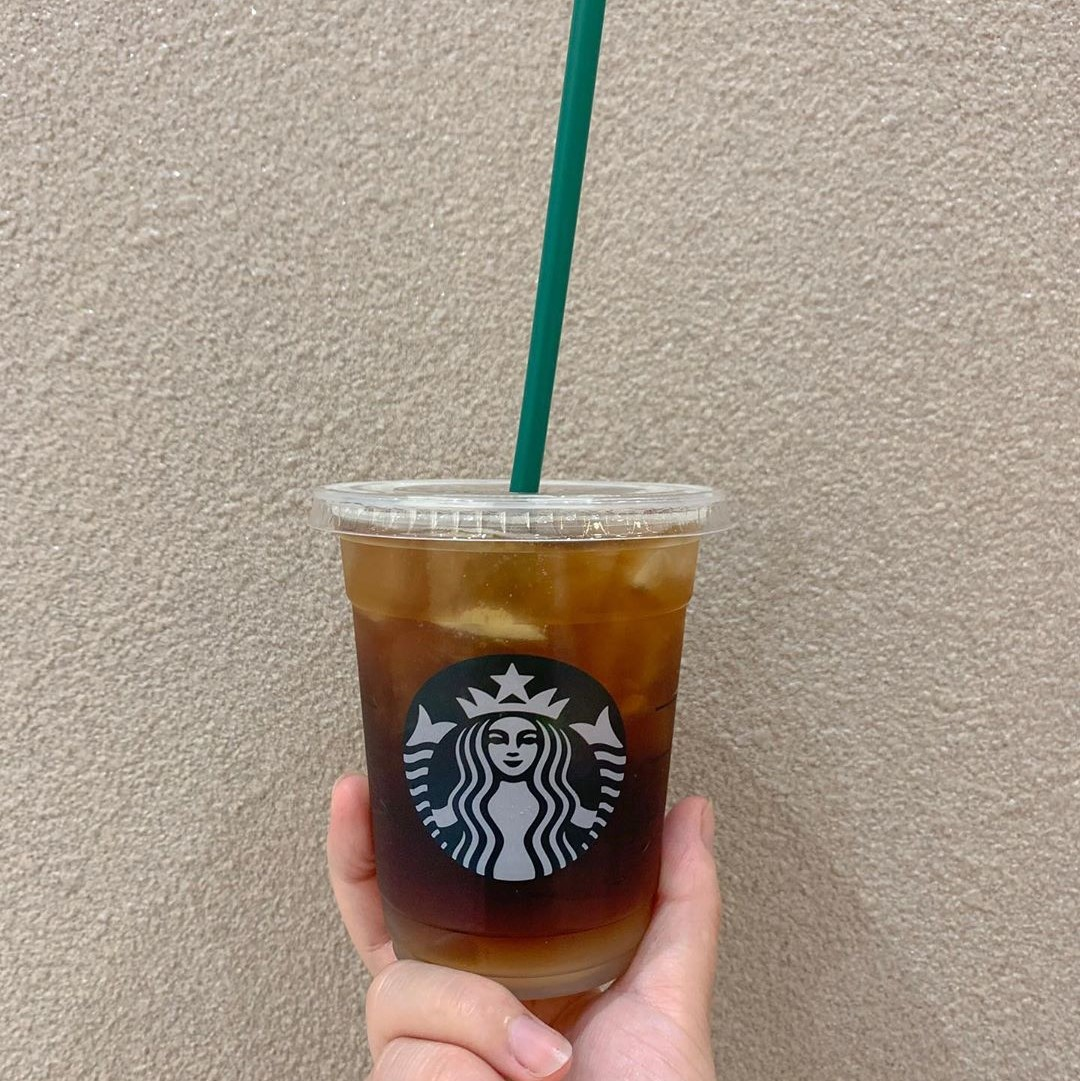 「コーヒーに炭酸?」スタバ新作コールドブリューソーダはカスタムして甘くすると美味しさがアップするらしい♡