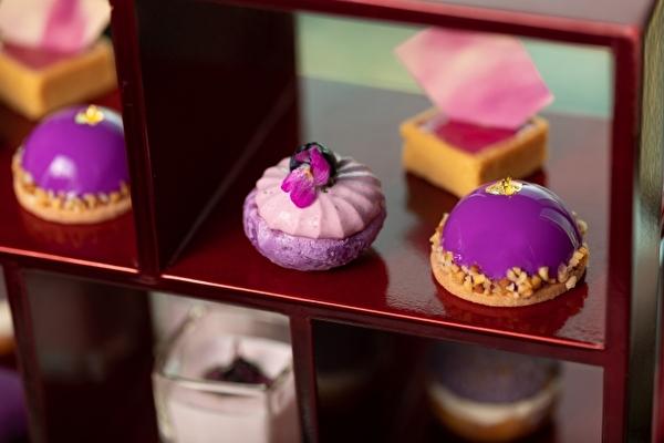 鮮やかな紫が大人っぽかわいい♡コンラッド大阪の秋限定アフタヌーンティーは「ミレニアル・パープル」がテーマです