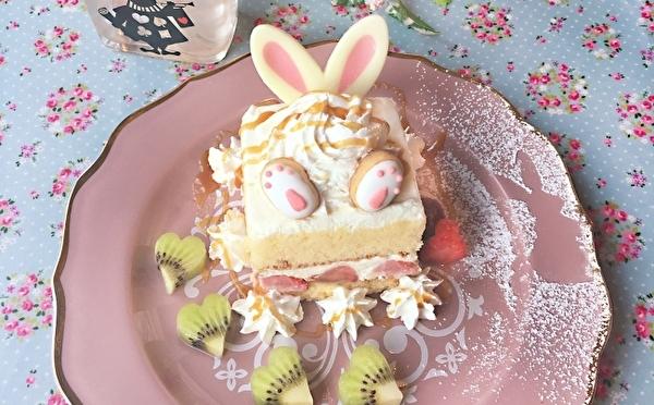 不思議の国のアリスをイメージしたスイーツ&店内に♡西宮のかわいすぎるフラワーカフェがリニューアル!