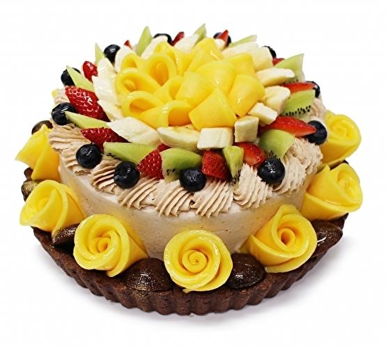 秋の味覚モンブラン×5種のフルーツがたっぷり♡カフェコムサ、9月限定のマロンショートはご褒美にぴったりの欲ばり仕立て♩