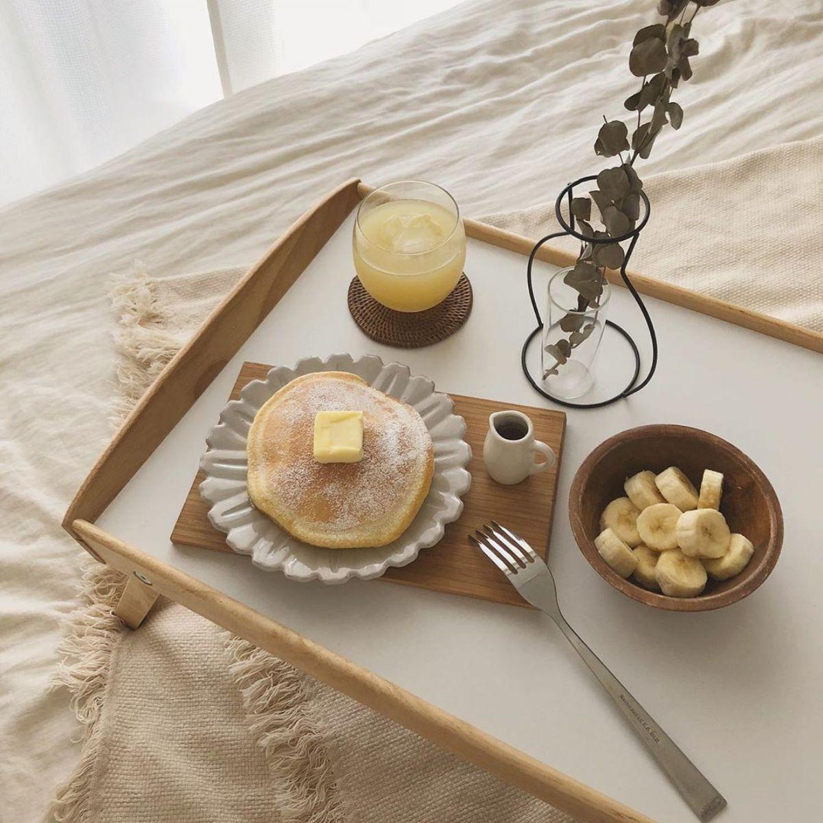 「布団から出たくない病」を抱えるあなたに。IKEAの【ベッドトレイ】が夢の朝食を叶えてくれました♡