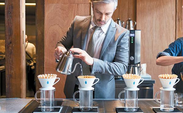 """ブルーボトルコーヒーの日本1号店が""""フラッグシップカフェ""""として生まれ変わる!限定メニューや特別アイテムも展開"""