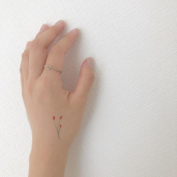 鉛筆タッチの繊細さがたまらない♡ViVi最新号の付録は「opnner」のタトゥーシールって知ってた?