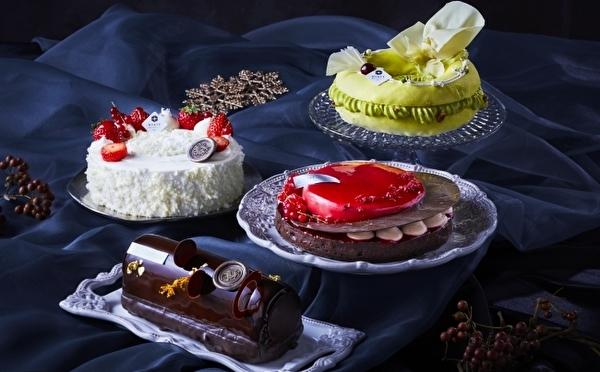 洗練された大人の美ケーキ4種が登場♡ハイアットリージェンシー大阪、クリスマスケーキの予約受付が11月スタート!