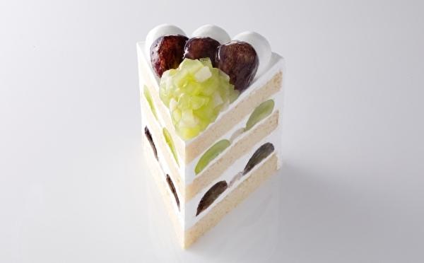 この秋最高の贅沢仕立て!ホテルニューオータニ、究極のエクストラスーパーショートケーキに「ブドウ」がお目見え♡
