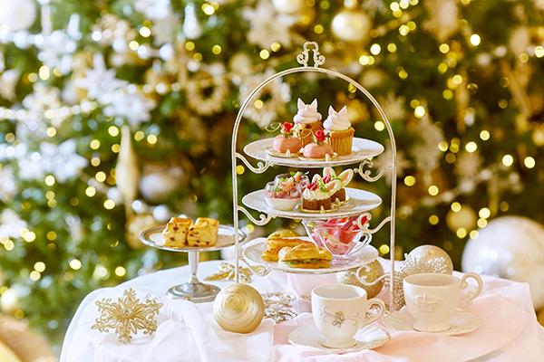 """クリスマスシーズンのちょっとした贅沢♡""""不思議の国のアリス""""をイメージした平日限定アフタヌーンティが素敵"""