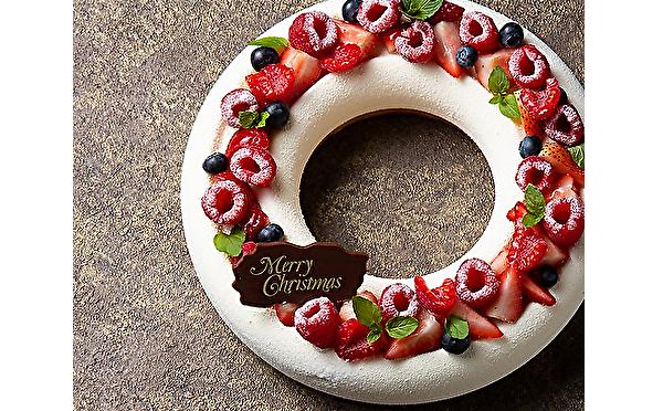 洗練された大人ケーキ×巨大ジオラマがお目見え♩ヒルトン大阪の「ハートウォーミング」なクリスマスシーズンがスタート♡