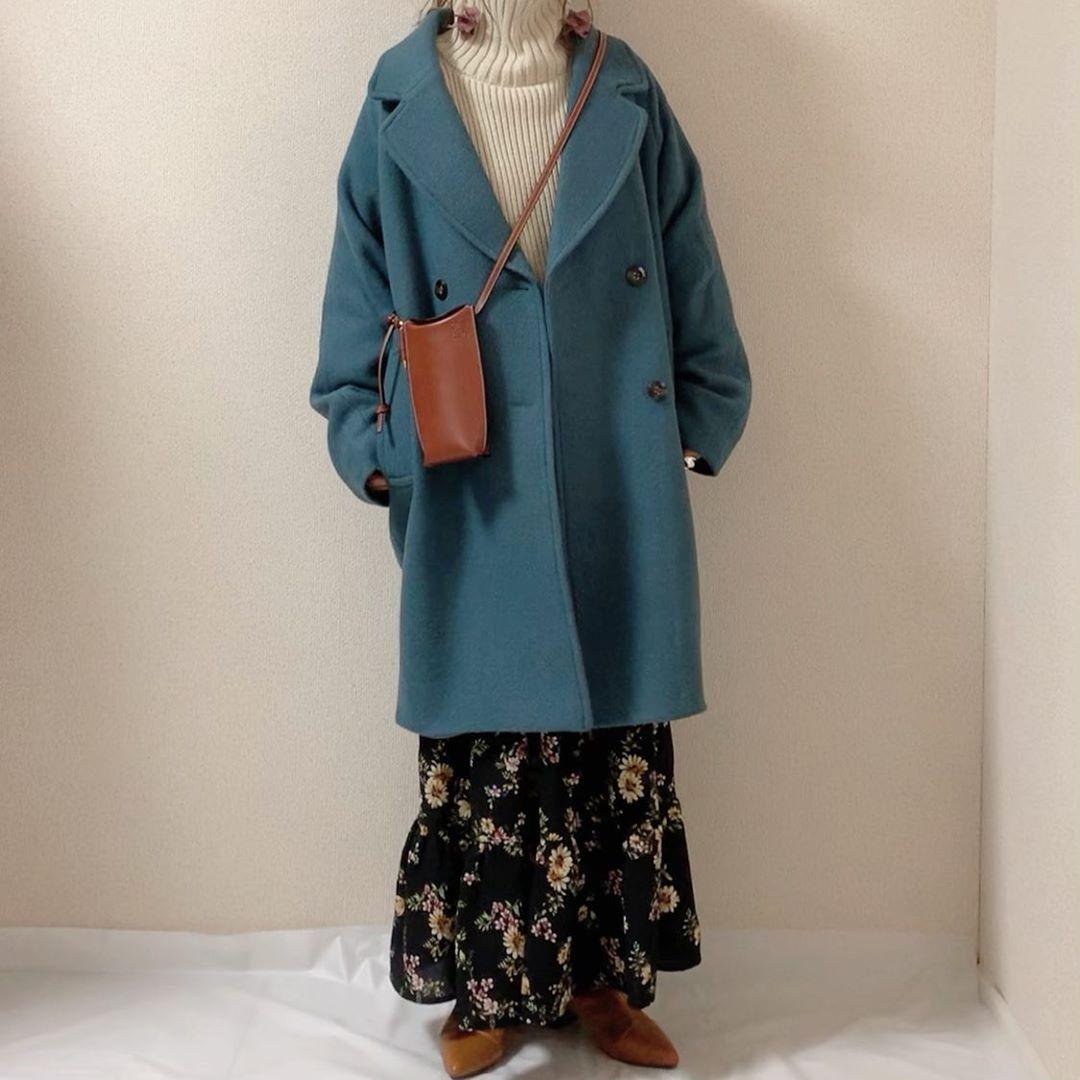 丸みのあるシルエットがかわいすぎる。GUの「ウールブレンドコクーンコート」で旬な着こなしを目指したい♡
