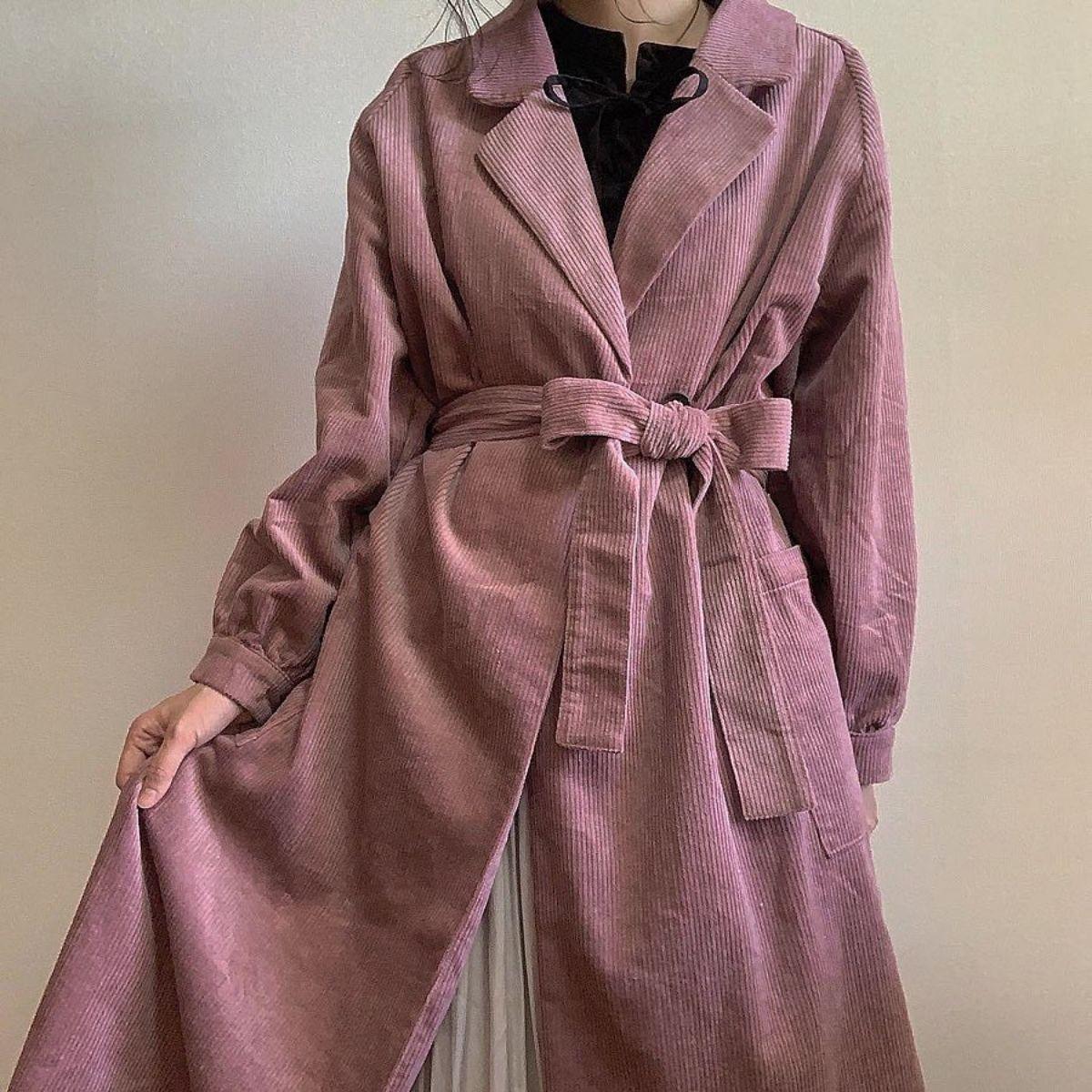 コーデュロイはジャケットだけだと思ってない?「ロングコート」型のアウターが今までにないかわいさでした♡
