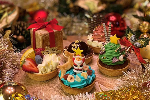 クリスマスには手のひらサイズのパイケーキを♡眺めているだけで楽しくなっちゃう「パイホリック」の限定セット