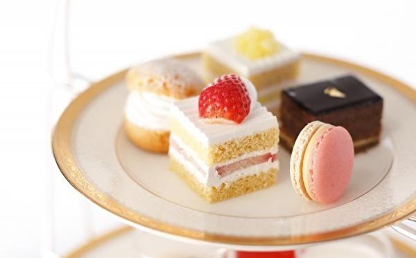 憧れケーキを少しずつ♡極上スイーツを集めたニューオータニ東京の「あまおうアフタヌーンティー」が贅沢すぎるんです!