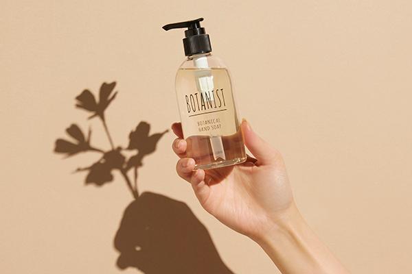 手を洗うたび素敵な香りに癒されそう♡「ボタニスト」からボトルデザインもおしゃれな「ハンドソープ」が登場