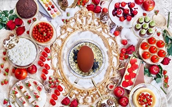 真っ赤ないちご×りんごの競演♡インターコンチネンタル東京ベイ「白雪姫」がテーマのいちごブッフェが3月まで延長決定!