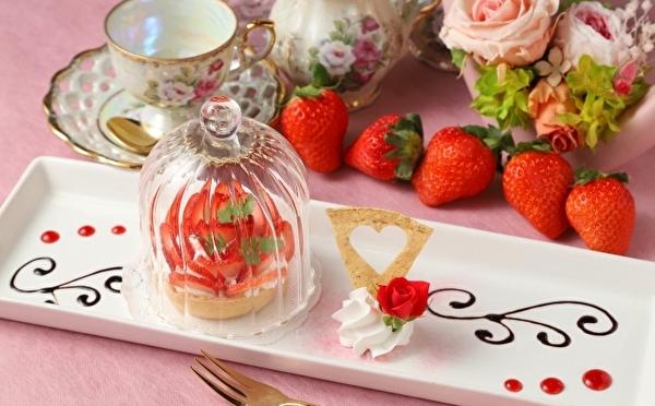 かわいい苺デザートで春を先取り♩美女と野獣のレストラン「苺フェア2020」の限定メニューをチェック!