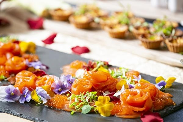イメージは「美女と野獣」の晩餐会♡ロマンティックなランチ&デザートブッフェが仙台の結婚式場で6日間だけ開催♩