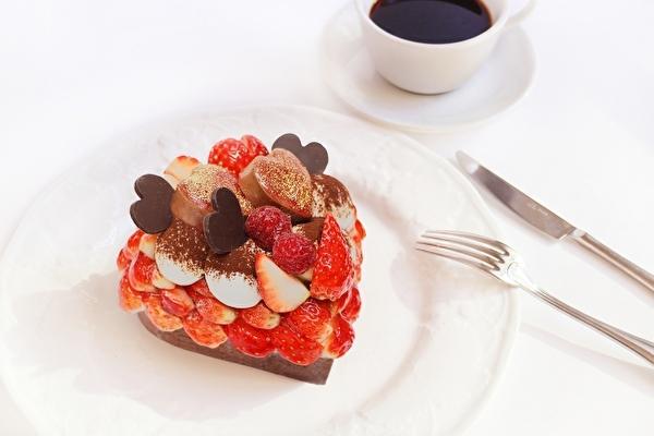 2020年は「恋みのり」いちごがたっぷりのハート型♡カフェコムサでバレンタイン限定ケーキの予約受付がスタート!