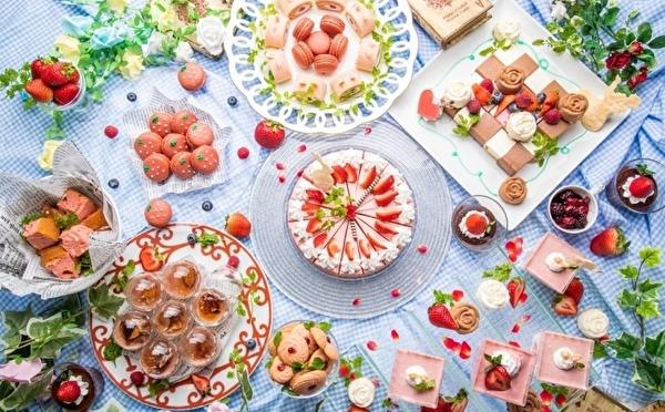 休日ランチはストロベリービュッフェに行こう♩梅田のアリスレストラン、春のティーパーティーはいちごが主役♡
