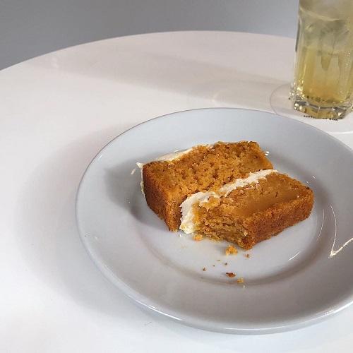 1度食べたら止められない。キャロットケーキ好きに捧げたい都内の「キャロットケーキ」が食べられるお店4選