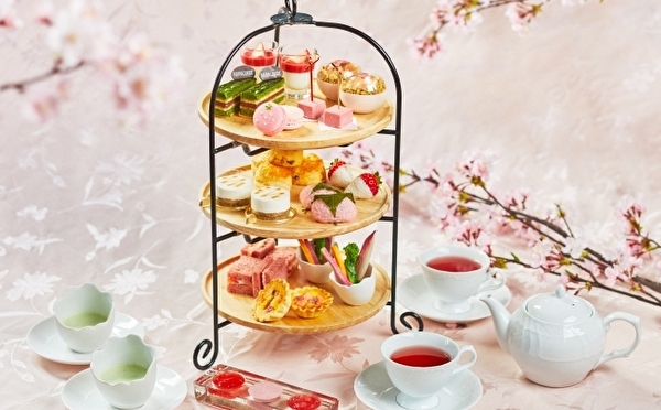 春のヌン活はお花見気分で♩桜の名所巡りも楽しめる「いちご×桜」のアフタヌーンティーが3月スタート♡