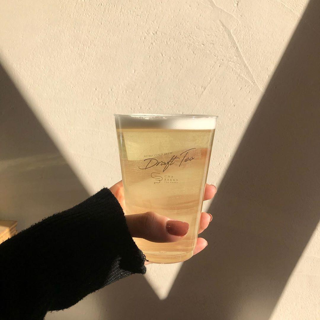 最近増えている奥深い「日本茶スタンド」。今までなかったような新しいお茶の楽しみ方から目が離せないんです♡