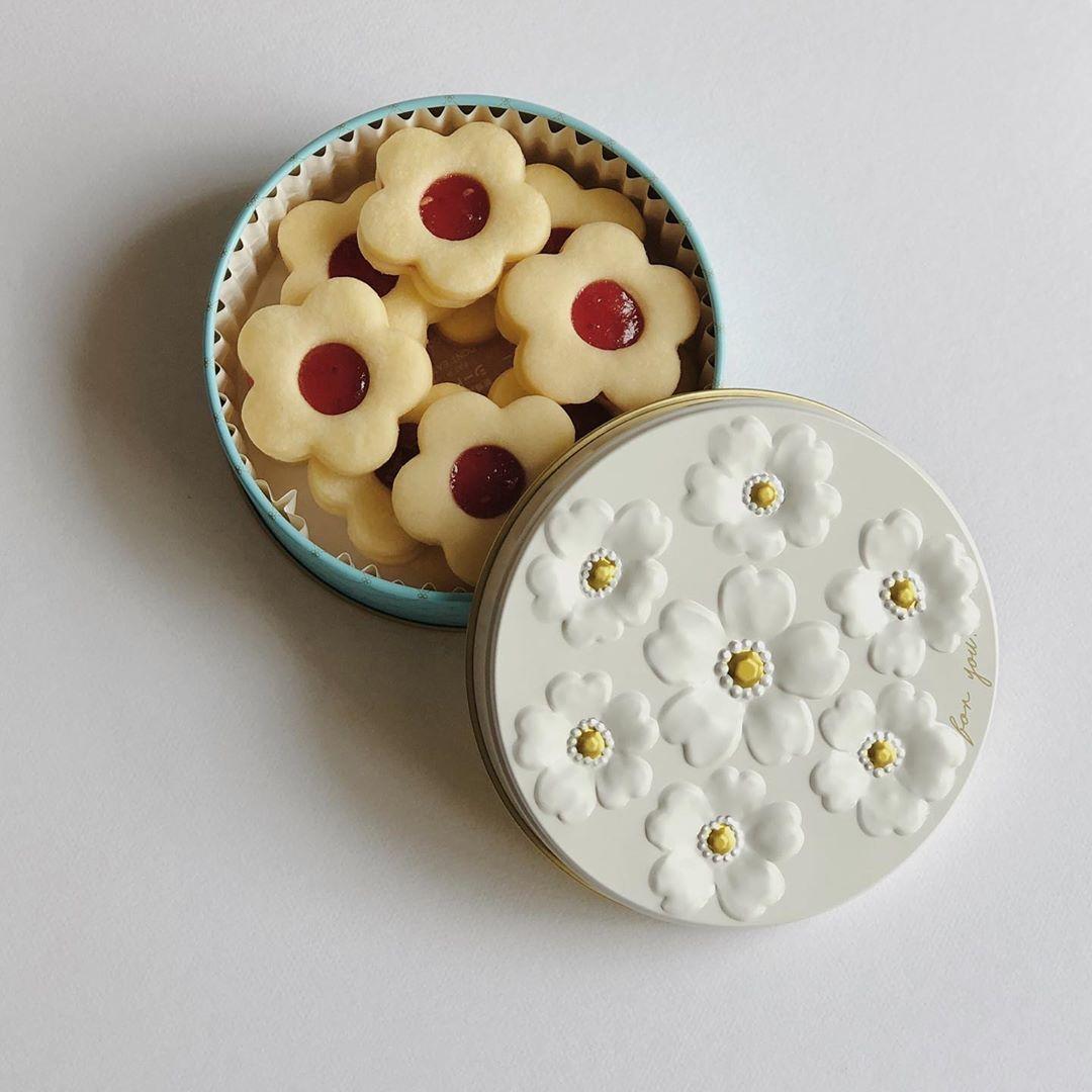ホワイトデーのお返しに迷ったらこれ。絶対に喜ばれるかわいすぎる「クッキー缶」をご紹介します♡