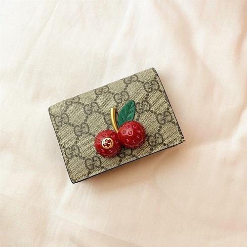 センスが問われる「お財布」は本当に良いものが欲しい。女子大生が愛用するお世辞なしにかわいいお財布って?