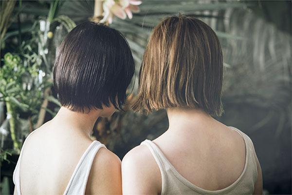 植物由来のスタイリングオイルで髪におしゃれな束感とツヤを。ヘアサロン発の「ミエル グロスオイル」に注目