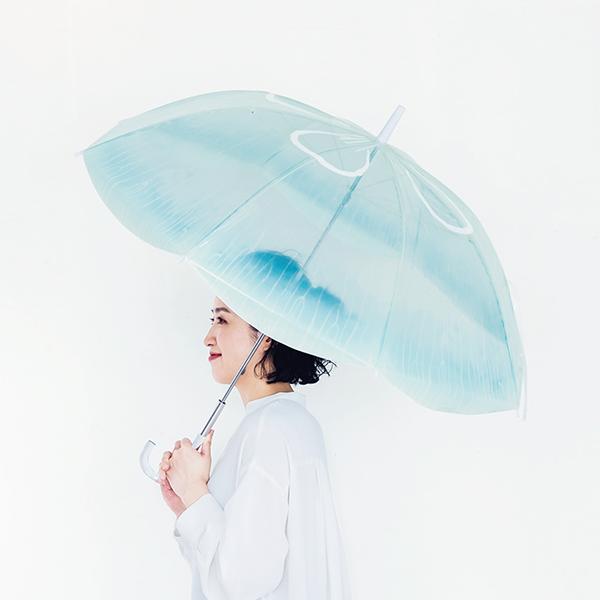 """""""クラゲ""""の傘がかわいすぎる…♡フェリシモ×加茂水族館の「雨空を泳ぐクラゲの傘」に注目が集まっています"""