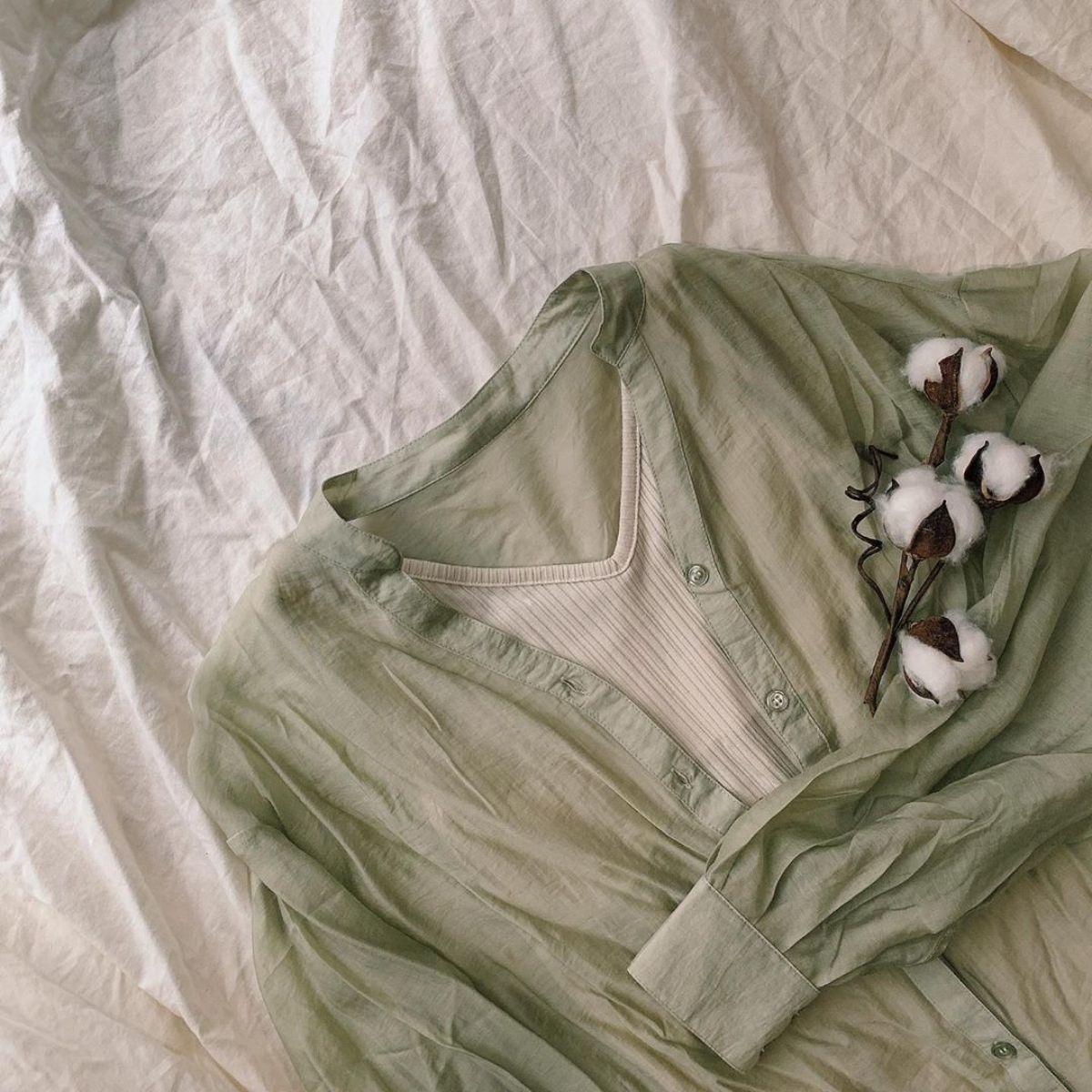 シアーシャツの中、何着る?GUの「優秀インナー」はどれもかわいくて使いやすいものばかりなんです♡