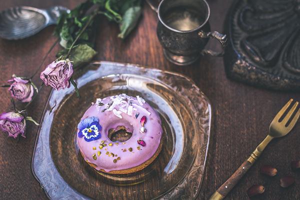 """おうちにいながら""""花カフェ""""を堪能♩お花の焼きドーナツ専門店「グムグム」のオンラインショップがオープン"""