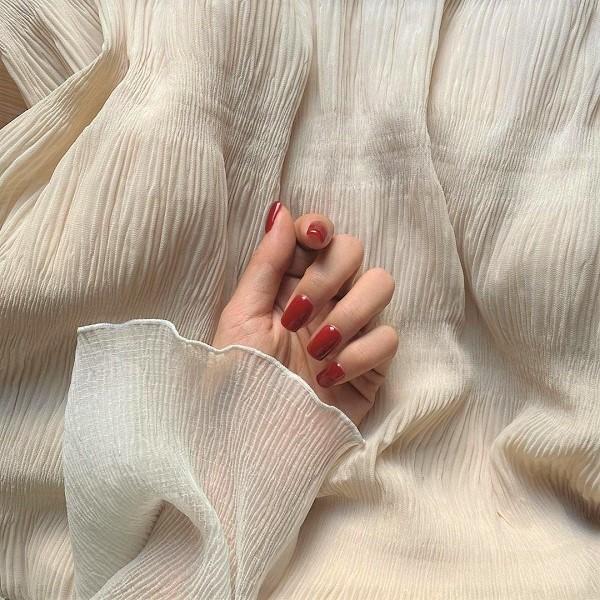 いま、「スクエアネイル」がキテるって噂♡一瞬で旬な大人っぽ爪になれちゃうんです