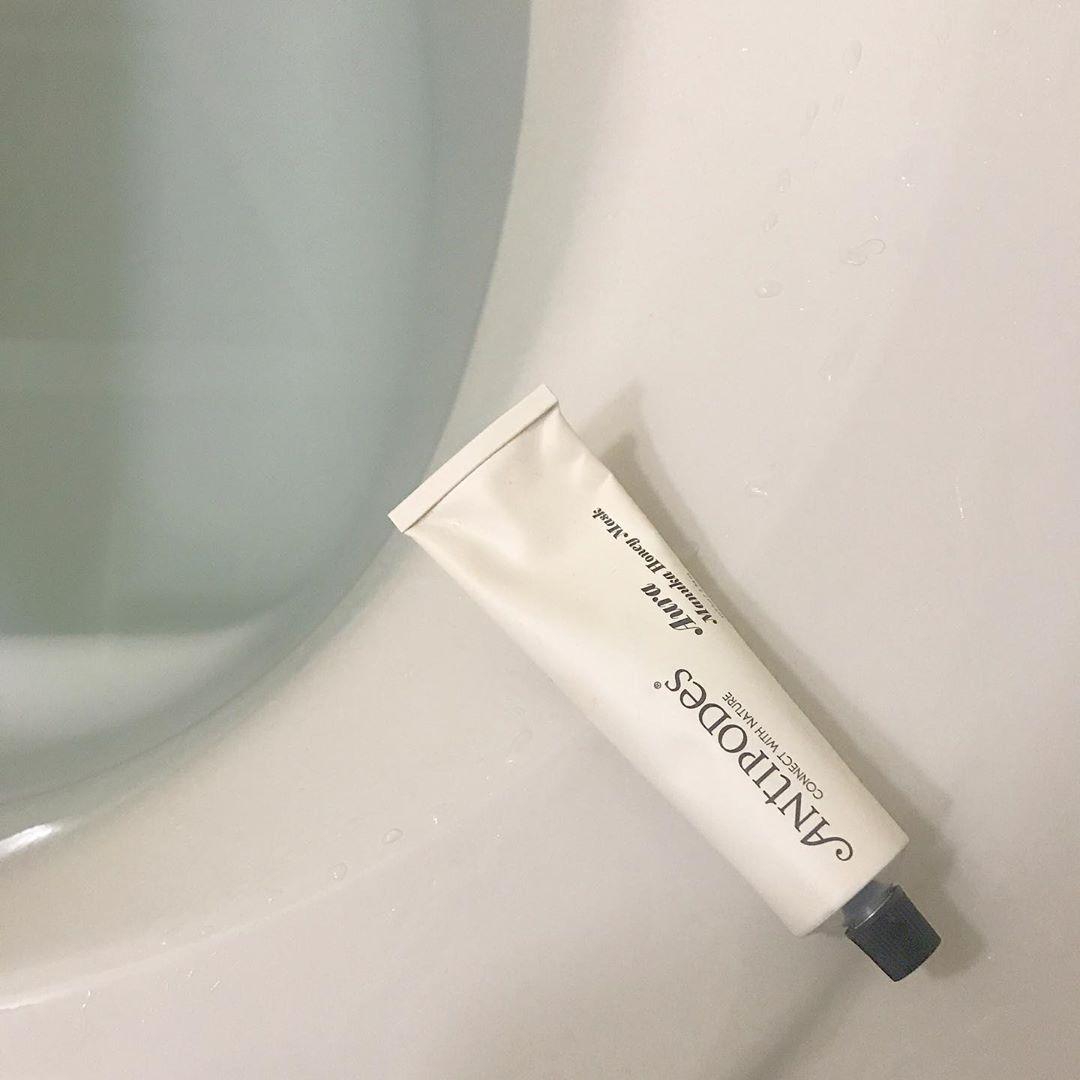 お風呂に浸かっている間のお肌ってみんなどうしてる?週2~3回の「洗い流すパック」で肌質が変わる人急増中