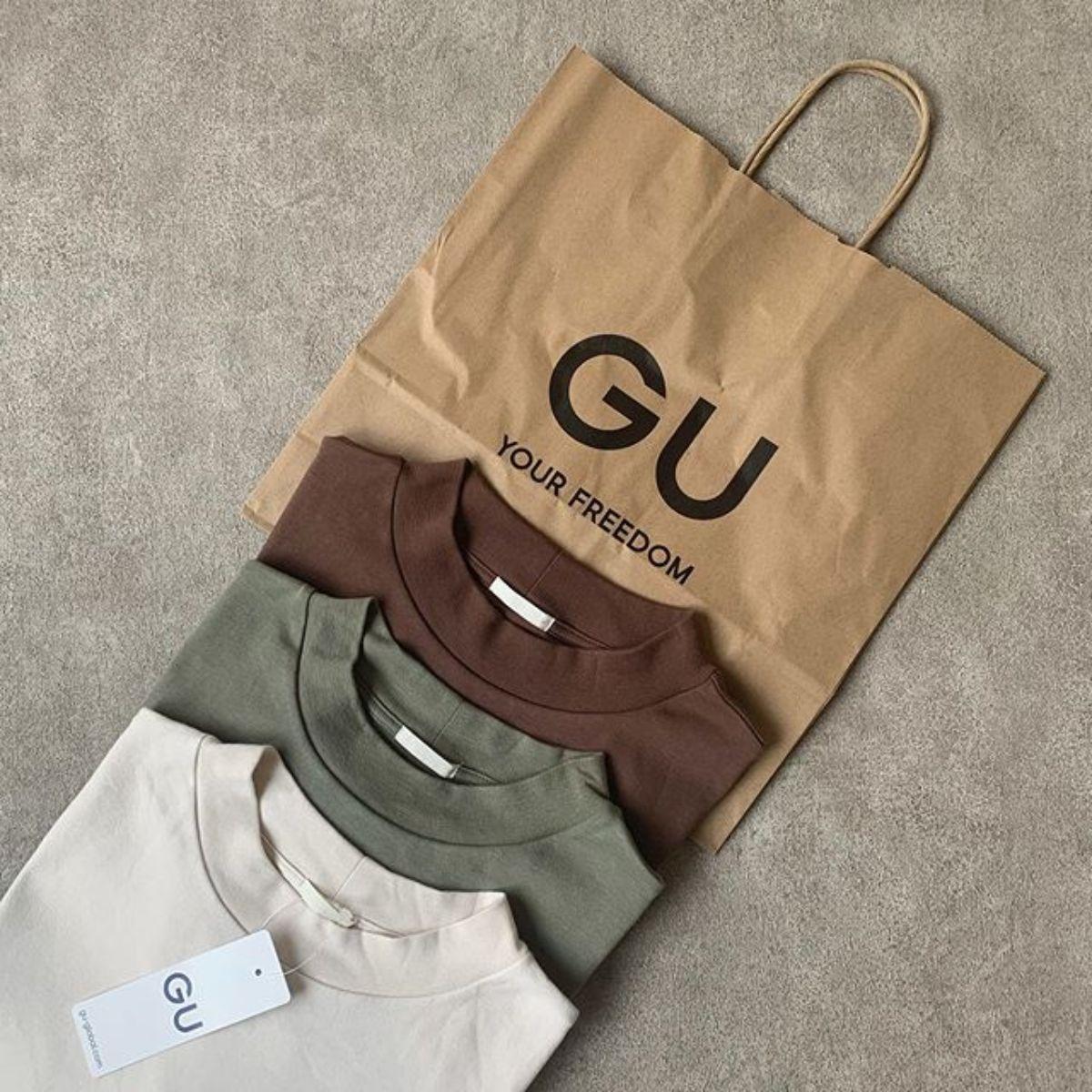 GUで毎年人気の「スムースT」は何色を買うべき?使いやすくて今年っぽいおすすめカラーをご紹介♡