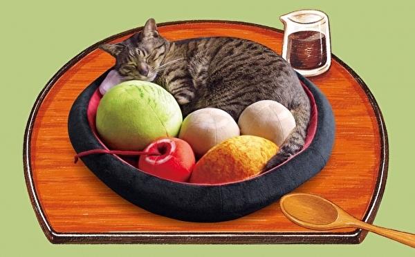 ふかふかベッドでニャンコが「あんみつ」になっちゃう♡フェリシモ猫部のクッションシリーズに和スイーツが仲間入り♩
