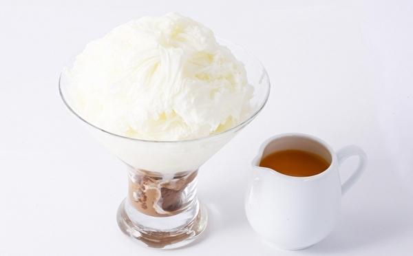 ホワイトチョコを味わう新作も♡ヴィタメール梅田大丸ショコラバー限定「ショコラかき氷」が今年もスタート!