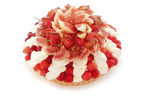 """1年に1度の特別な出会い。「カフェコムサ」に期間限定で登場する""""織姫""""と""""彦星""""のケーキがロマンチック…♡"""